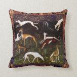 Perros medievales del galgo en Paisley Cojines
