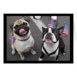 Perros patrióticos felicitaciones