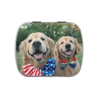 Perros perdigueros de oro en Día de la Frascos De Dulces