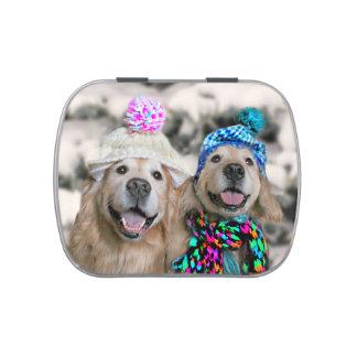 Perros perdigueros de oro en navidad del día de jarrones de caramelos