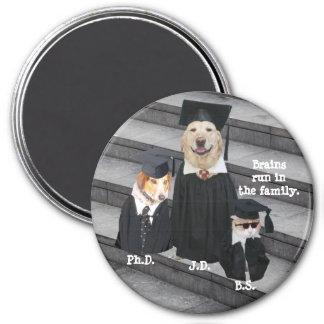 Perros y gato divertidos de la graduación imán redondo 7 cm