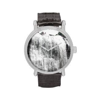 Persecución de las cascadas reloj de mano