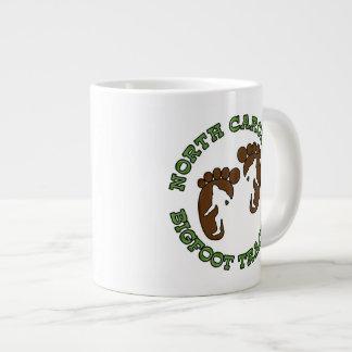 Perseguidor de Carolina del Norte Bigfoot Tazas Extra Grande