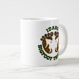 Perseguidor de Idaho Bigfoot Taza Extra Grande