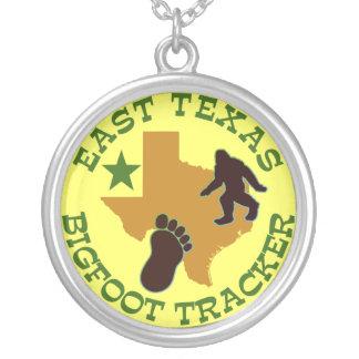 Perseguidor del este de Tejas Bigfoot Colgante Redondo