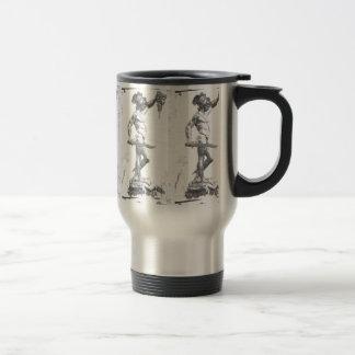 Perseus con el jefe de la medusa taza de viaje
