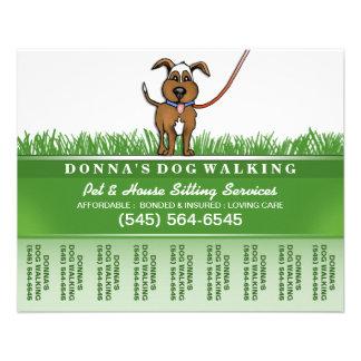 """Persiga al caminante y la sentada del mascota folleto 4.5"""" x 5.6"""""""