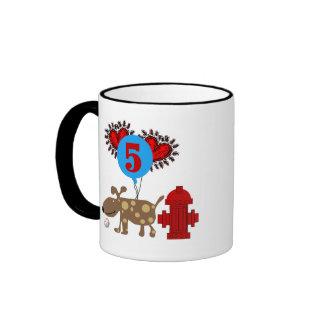 Persiga el 5to cumpleaños taza de café