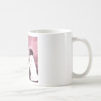 persiga el dibujo qué mira para ser un ratón tazas de café