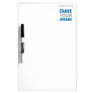Persiga su inspiración inspirada de los sueños tableros blancos