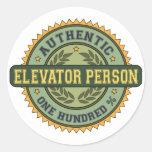 Persona auténtica del elevador etiquetas redondas