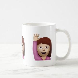 Persona feliz que aumenta una mano Emoji Taza De Café