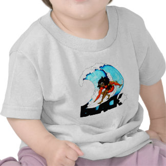 persona que practica surf blackstar camiseta