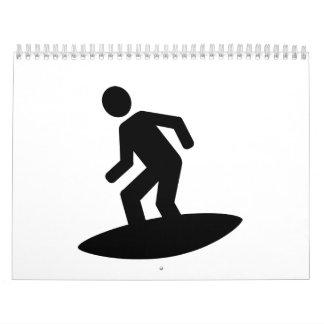 Persona que practica surf calendario de pared