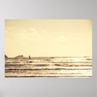 Persona que practica surf de la cometa en el carte poster