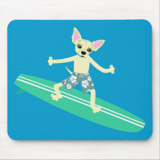 Persona que practica surf de Longboard de la chihu Tapetes De Ratón