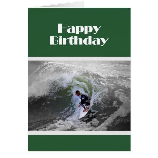 Persona que practica surf del feliz cumpleaños tarjeta