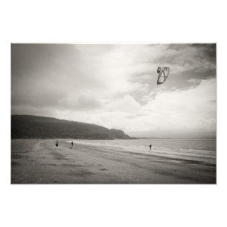 Persona que practica surf del viento en Benderloch Fotografía