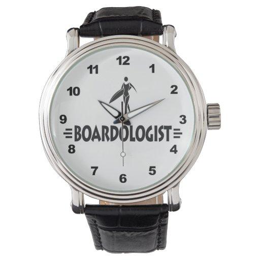 Persona que practica surf divertida relojes de pulsera