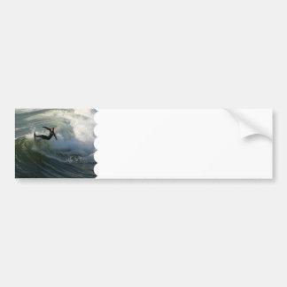 Persona que practica surf en pegatinas para el par pegatina para auto