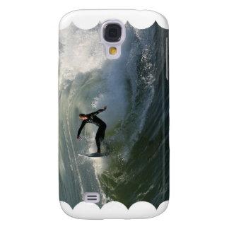 Persona que practica surf en un caso del iPhone 3G Funda Para Galaxy S4