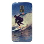 persona que practica surf funda de galaxy s5
