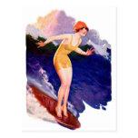 Persona que practica surf que practica surf retra  tarjeta postal