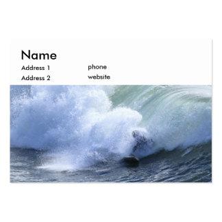 Persona que practica surf tarjetas de negocios