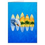 Persona que practica surf y tablas hawaianas tarjetas