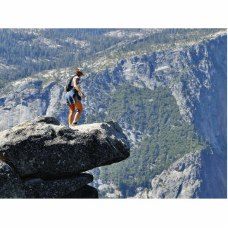 Persona valiente que sale en el punto Ledg del gla Fotoescultura Vertical