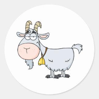 Personaje de dibujos animados de la cabra pegatina redonda