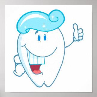 Personaje de dibujos animados sonriente del diente póster