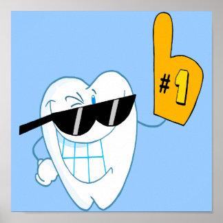Personaje de dibujos animados sonriente número uno póster