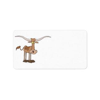 personaje de dibujos animados tonto de la vaca del etiquetas de dirección