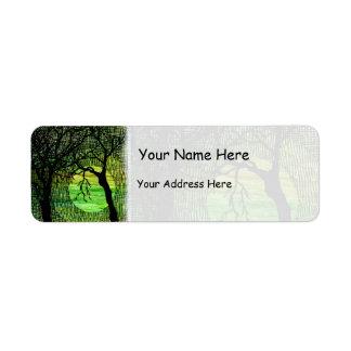 Personalice el árbol tramado cruz en acuarela verd etiqueta de remite