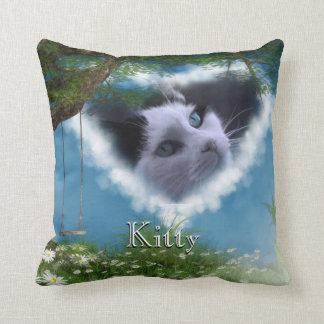 Personalice este gato en almohada del monumento