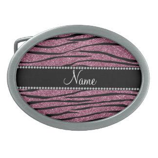 Personalice las rayas rosadas brumosas conocidas d hebilla de cinturón oval
