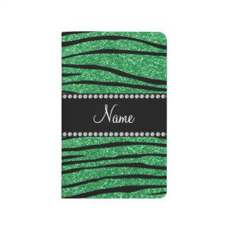 Personalice las rayas verdes conocidas de la cebra cuadernos grapados