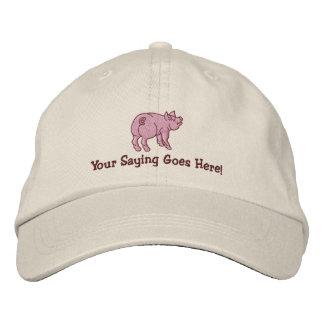 Personalice un pequeño cerdo lindo con su texto gorra bordada