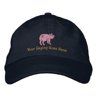 Personalice un pequeño cerdo lindo con su texto gorras bordadas