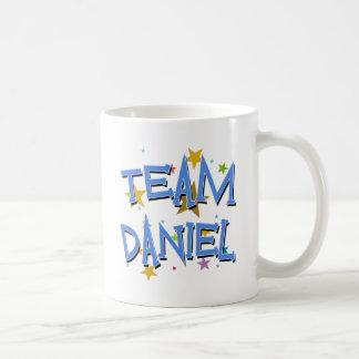 Personalizable de Daniel del equipo Tazas De Café