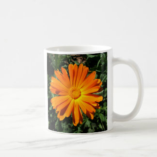 Personalizable del diseño de la margarita taza