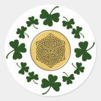 ¡PERSONALIZABLE!  Tréboles - Celtic irlandés del Pegatina Redonda