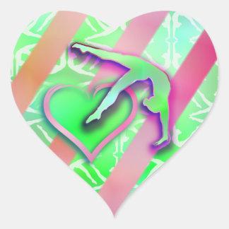 Personalizable verde y rosado del corazón de la pegatina en forma de corazón