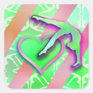 Personalizable verde y rosado del corazón de la pegatina cuadrada