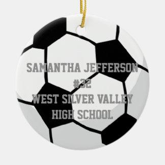 Personalizado alrededor de balón de fútbol se adorno navideño redondo de cerámica