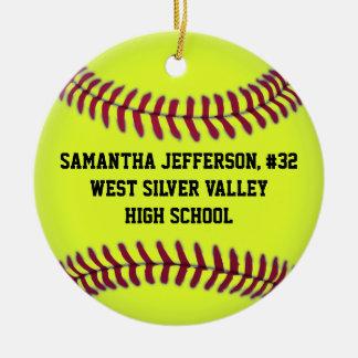 Personalizado alrededor de softball se divierte el adorno navideño redondo de cerámica