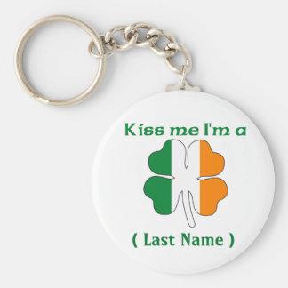 Personalizado béseme que soy llavero irlandés