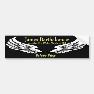 Personalizado en las alas de los ángeles conmemora pegatina de parachoque