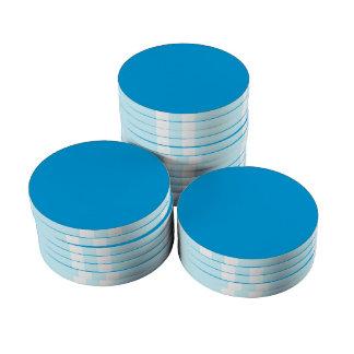 Personalizar del fondo del color del azul de cielo fichas de póquer